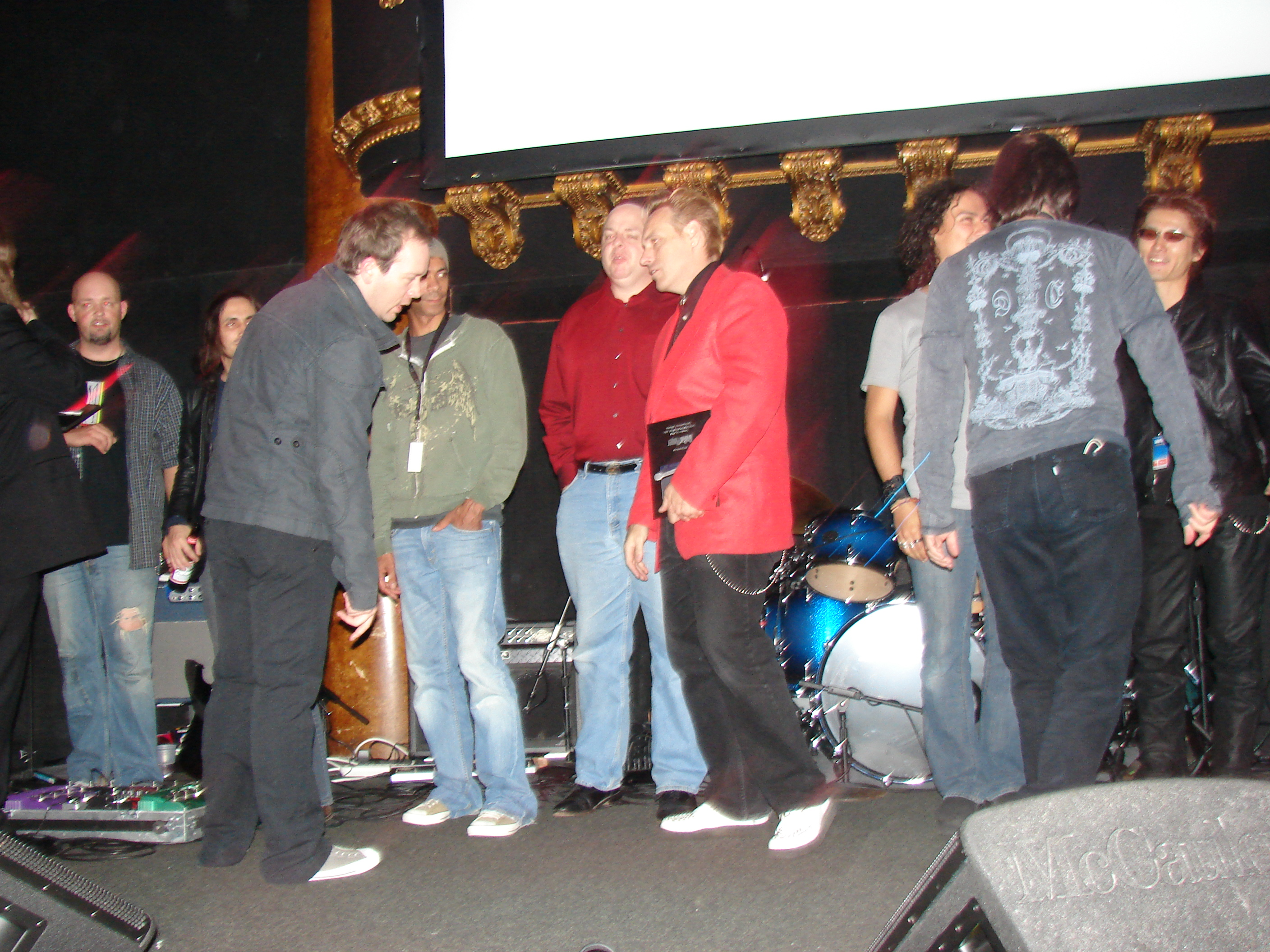 @guitar hero 2007 Nuno, Greg Howe, Joe Satriani, Steve Lukather,Mike Varney were as guest judge. taka played AngelWing in 2007 San Francisco